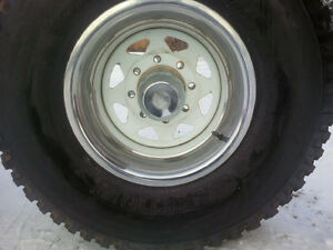2 Only - 33 x 12.5 x 15 Inch Hancook Dynamic Radial Tires Prince George British Columbia image 1