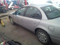 clean good running 2000 Saturn S-Series Sedan