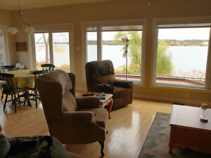 FULL RIVER VIEW, CENTRAL LOCATION Cornwall Ontario image 7