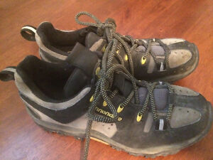 CANNONDALE MOUNTAIN BIKE WOMENS SHOES