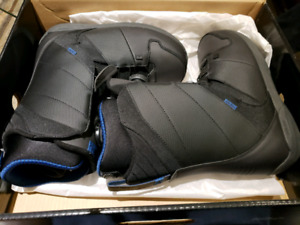 Mens Snowboard Boots Size 11