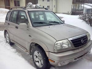 2001 Suzuki Grand Vitara sport SUV, Crossover