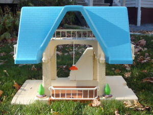 Little Tikes Doll House and Accessories