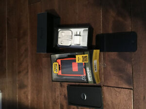 iPhone 5s boxed with brand new otterbox case included