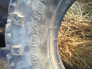 Dunlop Pair of ATV Tires