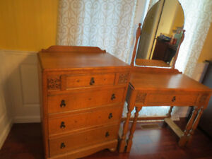Elegant Oak Antique Dresser & Vanity Table  - Lower Price