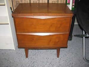 NIGHT STAND  SOLID WOOD  $25.00
