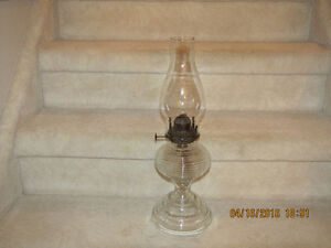 Oil/Kerosene Lamp - Bee Hive