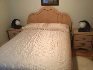 BEDROOM AND DINING SET 1000$