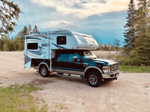 Camper Lance 2013 avec Ford F250 Superduty King ranch 2010