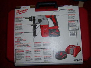 NEW MILWAUKEE 18/28volt 3 MODE SDS HAMMER DRILL KIT Kingston Kingston Area image 4