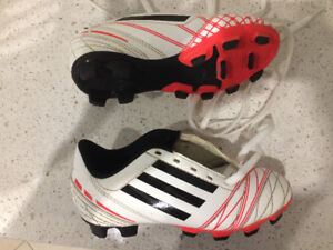 adidas soccer cleats - youth size 11