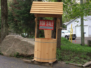 Wishing well $450 Bracebridge, Ontario Pine Wishing well with cl