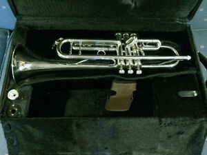 King Silver Flair 2055T Bb Trumpet in Mint Condition
