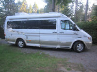 VR Leisure Travel Van B210 sprinter Classe B RV 2005