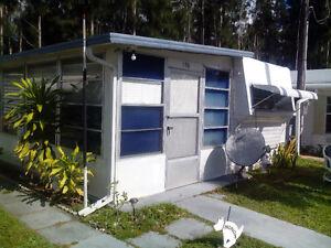 Maison de parck  avec Florida de32 pieds