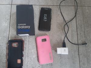 Samsung Galaxy S7 Edge  Débloqué avec boite et chargeur