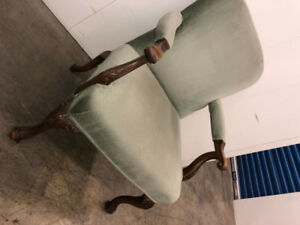 Antique Accent Chair -   DELIVERY