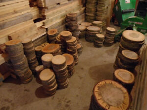 Largest Selection: Wood slices / Center-pieces / Coasters....