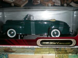 118 die cast 1948 Ford convertible