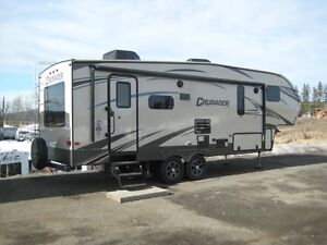 Crusader 260 RLD Fifth Wheel