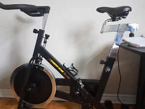 SPINNING bike fore sale indoor