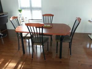 Table de cuisine, 4 chaises, Mobilier salle à manger