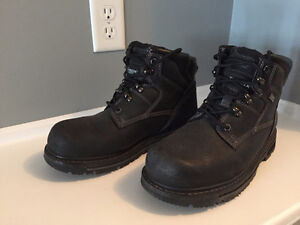 Men's black WindRiver Boots