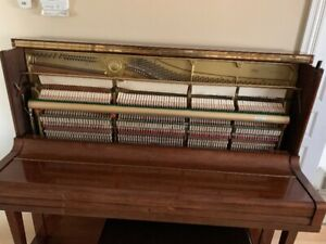 YAMAHA U3 1990 PIANO FOR SALE EXCELLENT CONDITION