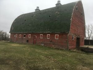 Hip roof barn
