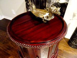 MAHOGANY chocolate tea table BEVELLED GLASS beautiful DECORATOR Oakville / Halton Region Toronto (GTA) image 6