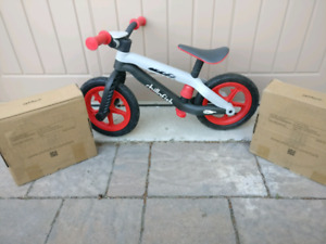 Chillafish BMXie kids balance bike with extra sets of wheels