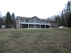 Country home with a hunt camp! beautiful property 25min to town
