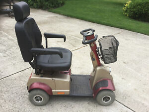Fortress 1700 DT four wheel mobility scooter