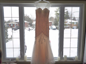 Wedding dress/ball gown