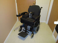 invacare electric wheelchair with roho shape fitting air seat