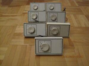 thermostat regulier pour plinte de chauffage