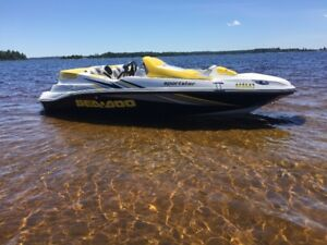 Bateau Bombardier Sporster 2005 Rotax 4 temps 215HP Supercharged