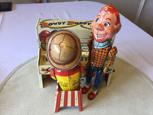 1950's Howdy Doody Bob Smith Band Tin Piano Toy