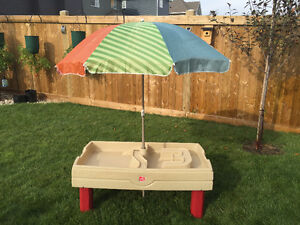 Step2 Sand & Water Centre with Cover and Umbrella