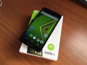 In the box Motorola Moto X Play with extras