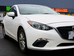 Great Condition 2015 Mazda 3 Hatch White with tons of addons