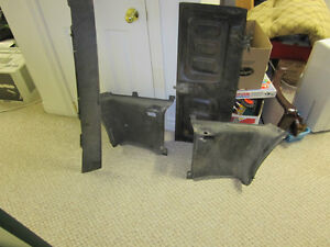 Various 1960s-70s Classic CAR PARTS - Mustang, Corvette, Others London Ontario image 2
