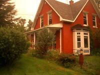 Maison jumelée centenaire à louer à Lennoxville