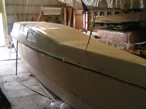 30' Catamaran Hulls and Cabin Top under construction