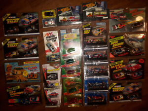 AW AFX X-TRACTION HO SLOT CARS