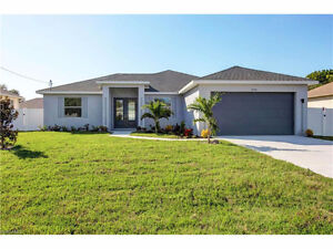 *Beautiful Brand New POOL Home in Cape Coral, FL  USA**