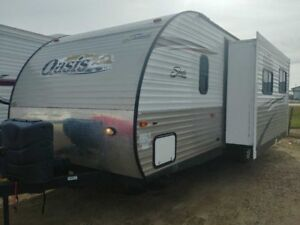 2014 Forest River Shasta Oasis 26BH   - $97.07 B/W