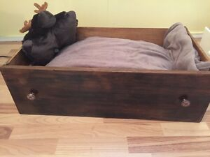 Cushioned solid wood drawer pet bed!