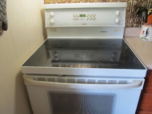 Hotpoint self cleaning stove